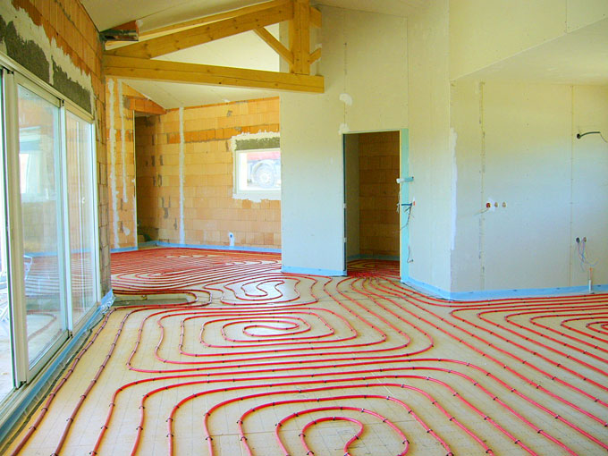 chauffage au sol ecologique economique geothermie. Black Bedroom Furniture Sets. Home Design Ideas